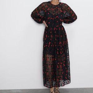 ZARA FLORAL EMBROIDERED OVERSIZED DRESS